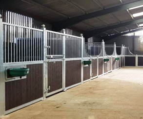 Stable Manufacturers of Internal Stables