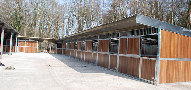 External Stables Standard range recycled plastic