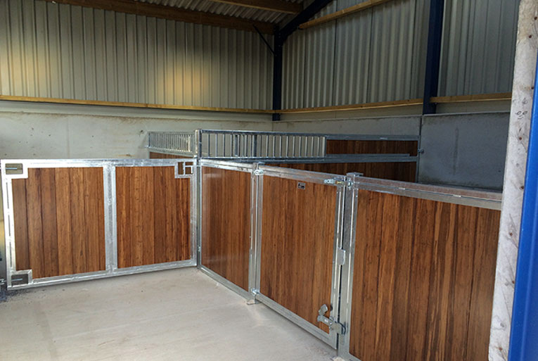 Custom Small Horse Stable Designs - Small horse stable.